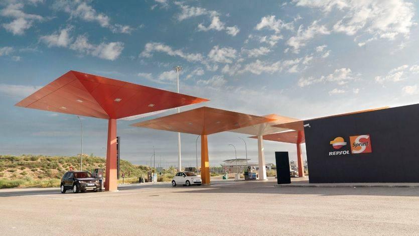 Repsol obtiene un beneficio neto ajustado de 1.240 millones de euros