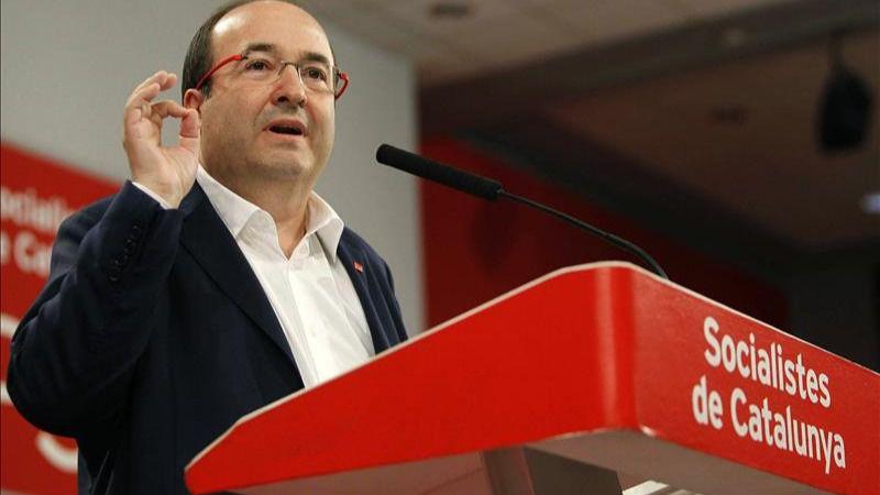 Iceta advierte a Mas: 'Si no consigue 71 diputados habrá fracasado'