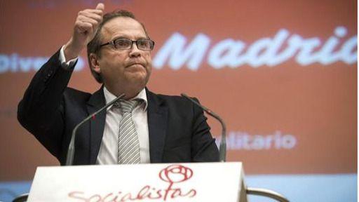 Carmona tilda su posible relevo como portavoz municipal de