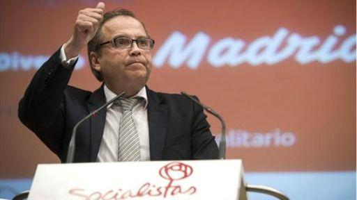 Carmona llama a la rebelión: pide a los militantes que intenten cambiar la dirección regional