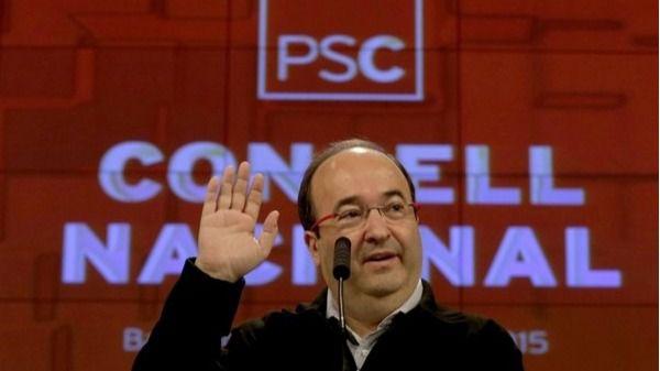 Iceta ofrece el apoyo del PSC a Colau a cambio de entrar en su gobierno