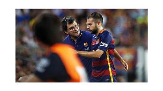 Alba, lesionado, se pierde las Supercopas de España y de Europa