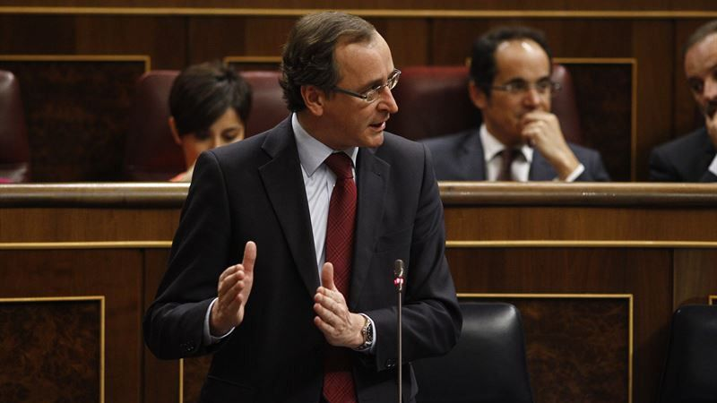 El PSOE urge a Alonso a comparecer en el Congreso ante el aumento de víctimas de violencia de género