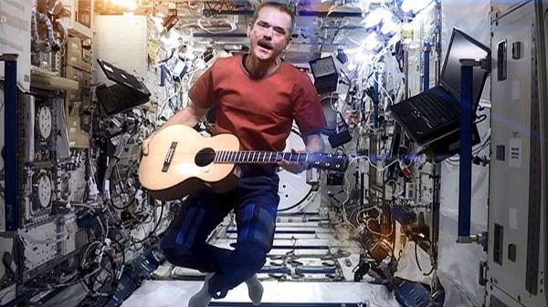 Un astronauta canadiense publica un disco sobre su vida en el espacio