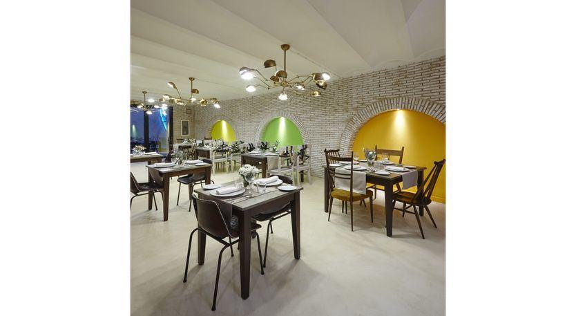 Abre sus puertas el restaurante del Hotel Galería Essentia en Aracena