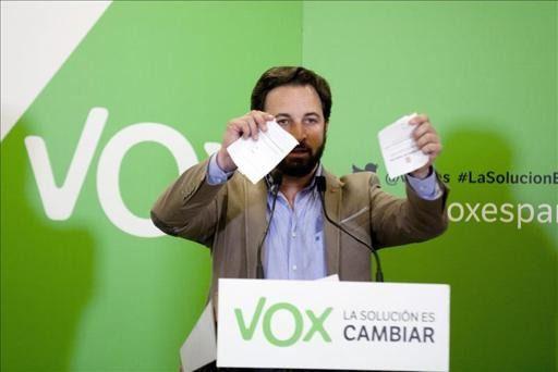 Vox renuncia a presentarse a las elecciones catalanas por considerarlas un