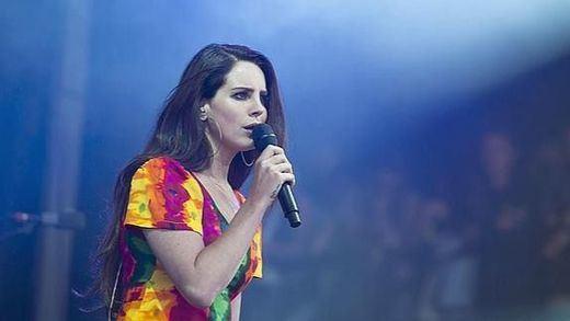 Lana del Rey publicará nuevo disco 'Honeymoon' el 18 de septiembre