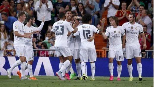 Una genialidad de Marcelo da el Trofeo Bernabéu a un Real Madrid plano