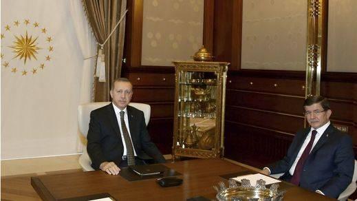 Erdogan convoca elecciones anticipadas en Turquía el 1 de noviembre