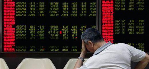 Sigue el pánico: segundo día consecutivo de grandes caídas en la Bolsa china