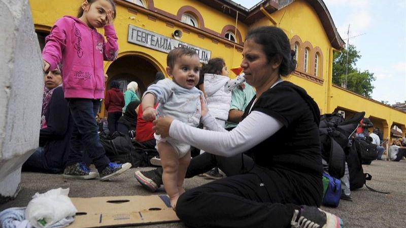 ACNUR pronostica la llegada de 3.000 refugiados diarios a Macedonia los durante próximos meses
