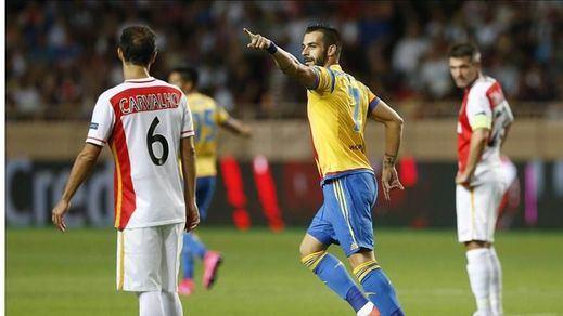El Valencia sabe sufrir en Mónaco para meterse en Champions (2-1)