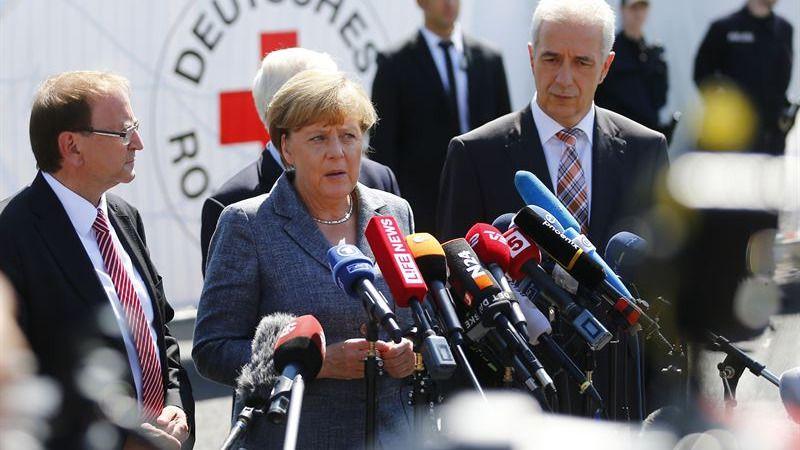 Merkel defiende, entre abucheos, una Alemania con tolerancia cero para la xenofobia