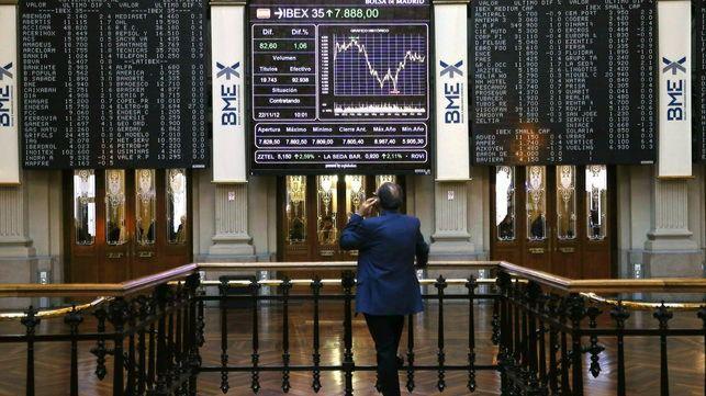 El Ibex sigue viviendo su particular semana 'montaña rusa' y cierra por debajo de los 10.000 puntos