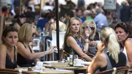 Los turistas gastan más en España: dejan 37.000 millones de euros hasta julio