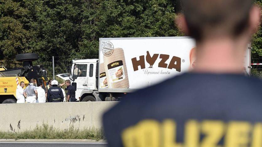 Detienen a cuatro personas por su presunta relación con el camión de refugiados muertos en Austria