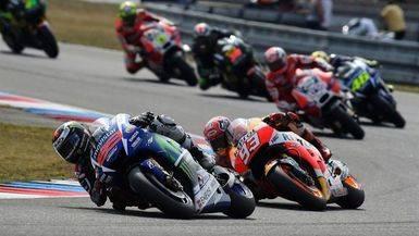 Lorenzo y Rossi se juegan el liderato del Mundial en el GP de Gran Bretaña