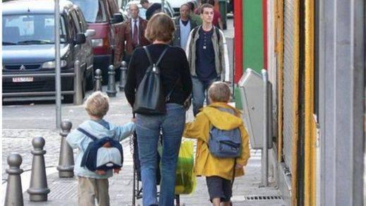 Llega septiembre y las familias preparan la cartera: la 'vuelta al cole' supondrá un gasto de entre 300 y 700 euros por alumno