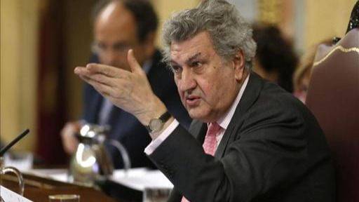 La oposición se une para recurrir la reforma exprés del Tribunal Constitucional