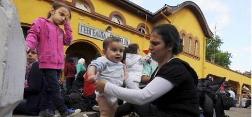 >> Exteriores asegura que España acogerá a los refugiados que le corresponda
