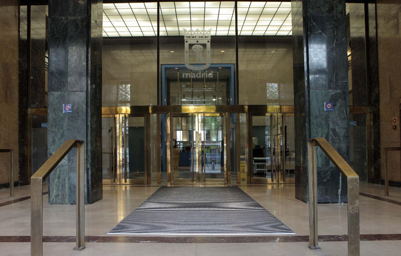 El Ayuntamiento de Madrid denuncia que tiene que pagar 18.000 euros al día por el alquiler de un edificio