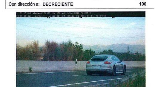 Condenan al jugador del Rayo 'cazado' a 234 km/h a un año sin carné y multa diaria de 100 euros durante 6 meses