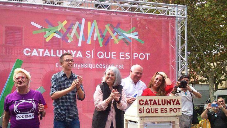 Errejón pide a Mas que se separe del proceso soberanista y dé la cara por su gestión