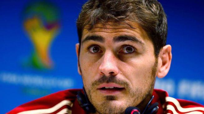 La Roja, una pi�a para Piqu�: Casillas defiende que pese a su catalanismo,
