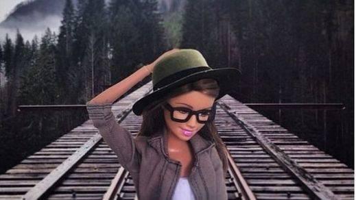 La Barbie 'se vuelve' hipster