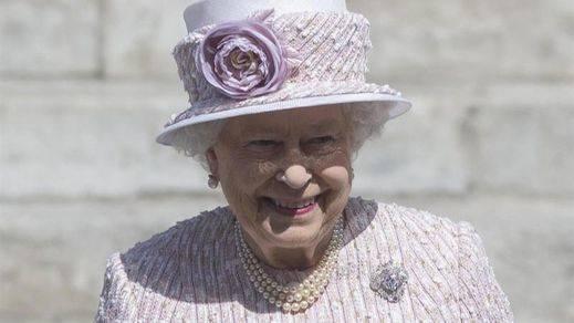 Isabel II, la reina eterna: la monarca británica bate con 63 años en el trono el récord de su tatarabuela Victoria