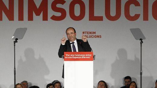 Miquel Iceta arranca la campaña electoral catalana bailando