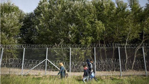 Hungría 'se blinda' ante los refugiados y planea construir más vallas
