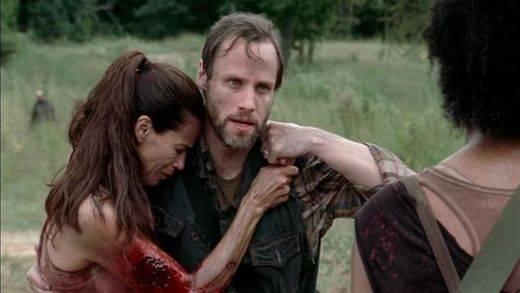 Condenada a 10 años sin Internet por acosar a un actor de 'The Walking Dead'