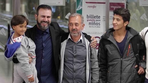 Osama, el refugiado zancadilleado, ya tiene hogar en España: