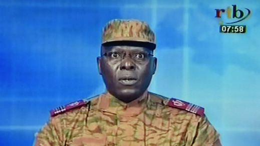 Golpe de Estado en Burkina Faso: un jefe militar anuncia que el Ejército ha tomado el poder