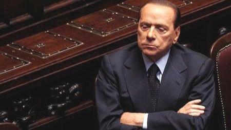 Ucrania declara persona non grata a Berlusconi por su amistad con Putin
