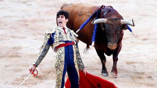 Feria de Albacete: heroico López Simón e indultador y bochornoso presidente
