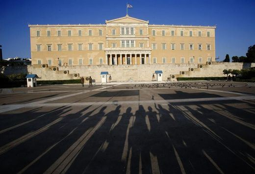 Casi 10 millones de griegos eligen su futuro por segunda vez en este año
