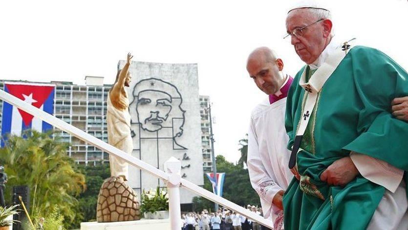 Un valiente Papa Francisco sacude a capitalismo y castrismo por igual en su visita a Cuba