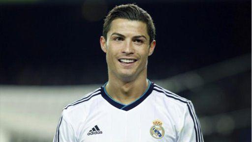 Una subasta solidaria ofrece '24 horas con Cristiano Ronaldo'