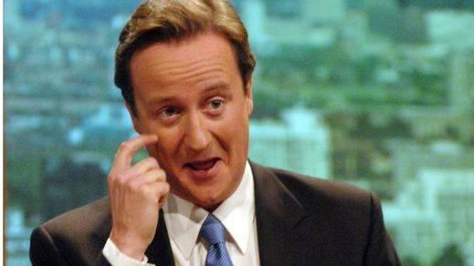 Las redes sociales 'arden' con el supuesto pasado de drogas y zoofilia de David Cameron