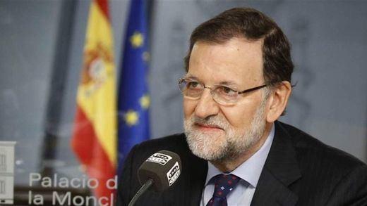 Rajoy avisa de que, si se da la independencia de Cataluña, se irá al Constitucional
