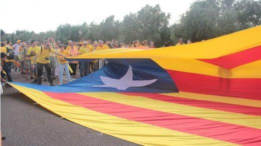 Casi mil empresas se fueron de Cataluña el último año ante el temor a la independencia