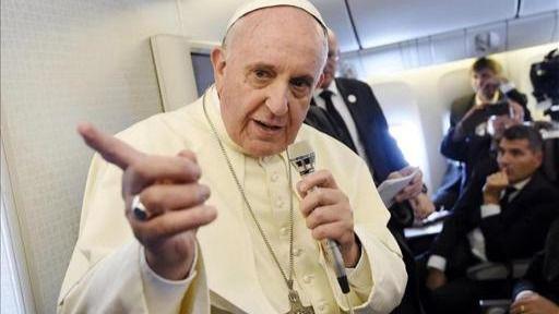El Papa carga contra la