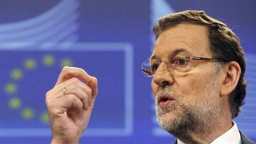 Las primeras decisiones del nuevo gobierno catalán obligarán a Rajoy a actuar en plena campaña de las Generales
