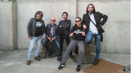 Son '4 Pelagatos'... pero hacen buen rock de barrio y solidario