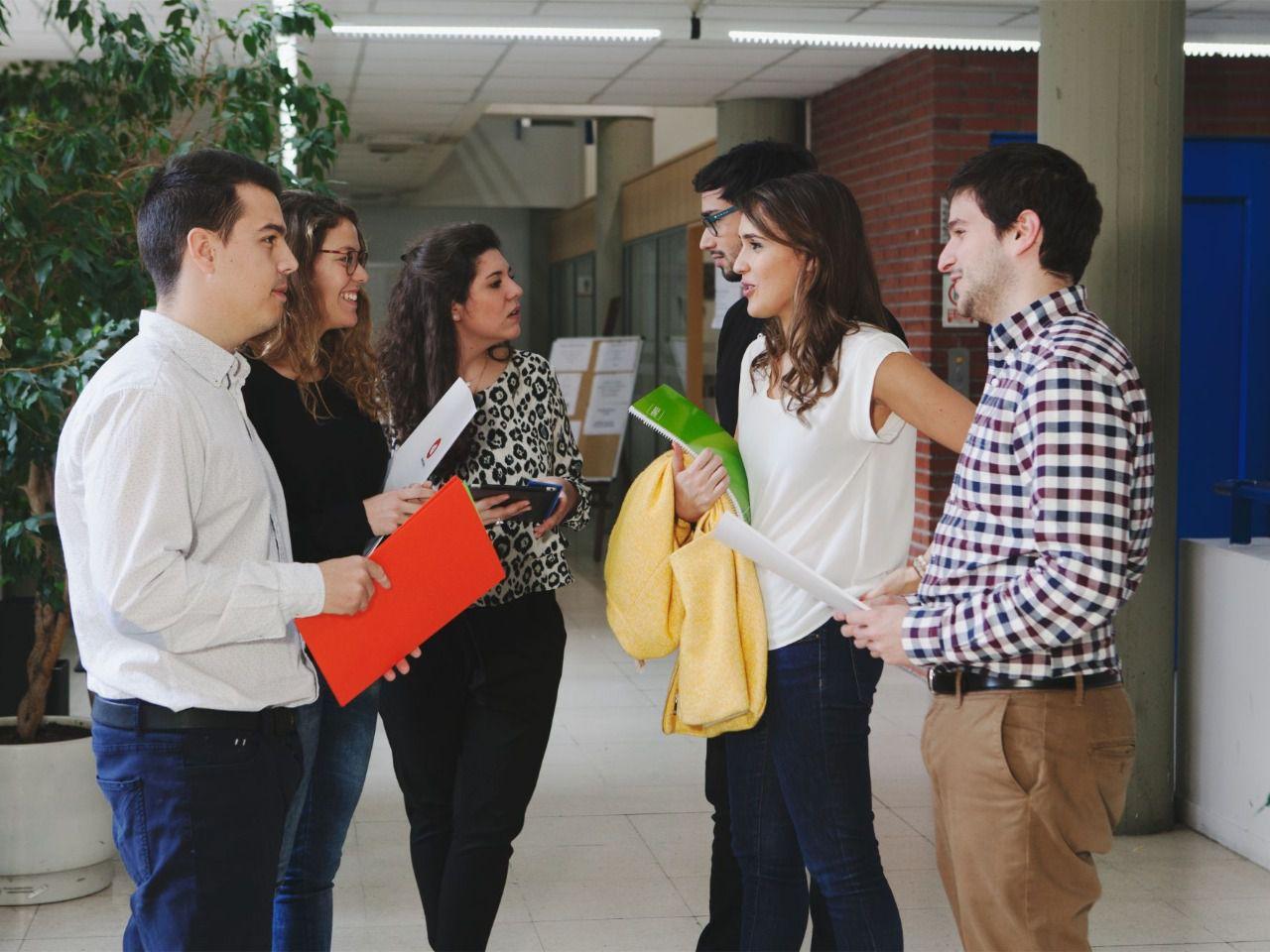 Más de 5.000 prácticas remuneradas para estudiantes y recién titulados