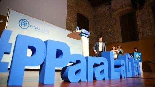 Rajoy asegura que España no puede caer en manos de un