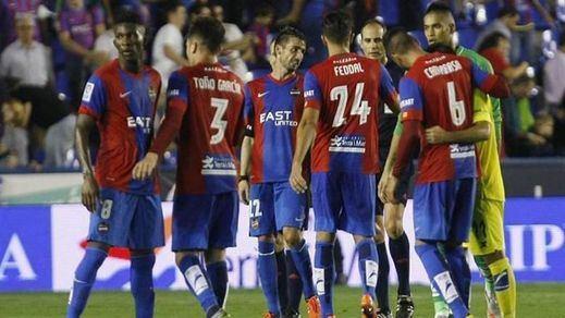 La jornada de Liga: el 'submarino' encalla ante el Levante (1-0) y los 'leones' se meriendan al Valencia (3-1)
