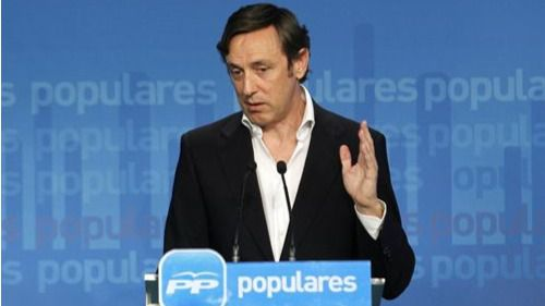 Condenan al portavoz 'popular' Rafael Hernando y a su adjunto a pagar 20.000 euros a UPyD por daños al honor